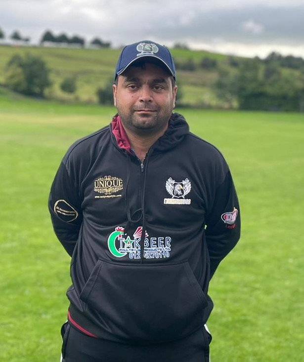 Nasir Mahmood Northcliffe 4 for 46