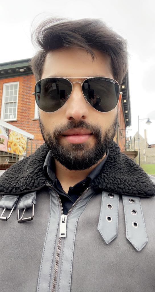 Tanzeel khan Amaan 4 for 19